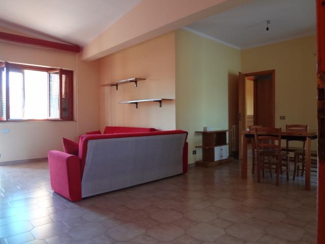 Mondello – 4 vani arredato in residence