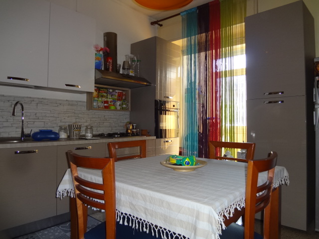 Castellana/Via Roccazzo – 4 ambienti + cantina