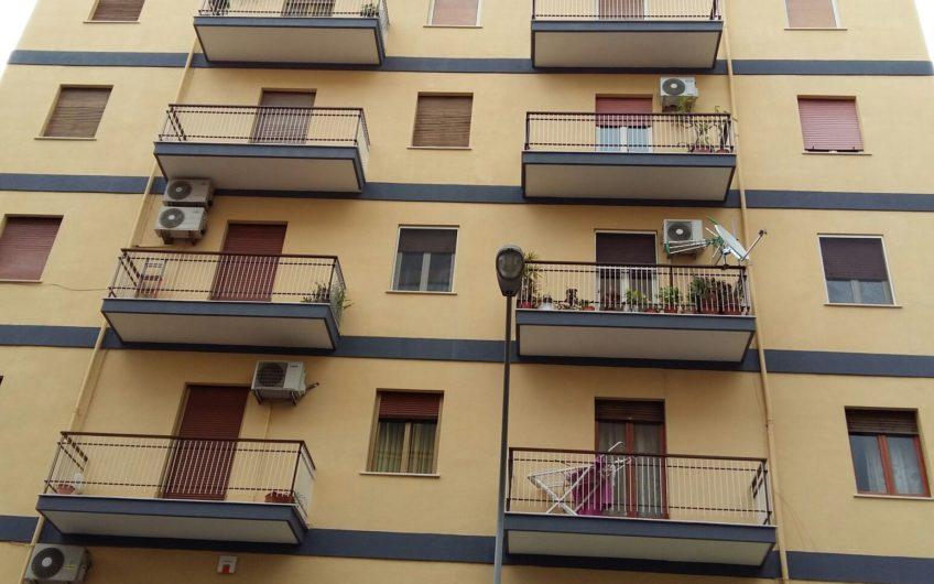 Quadrivani 120 Mq Calatafimi/Via C. Onorato