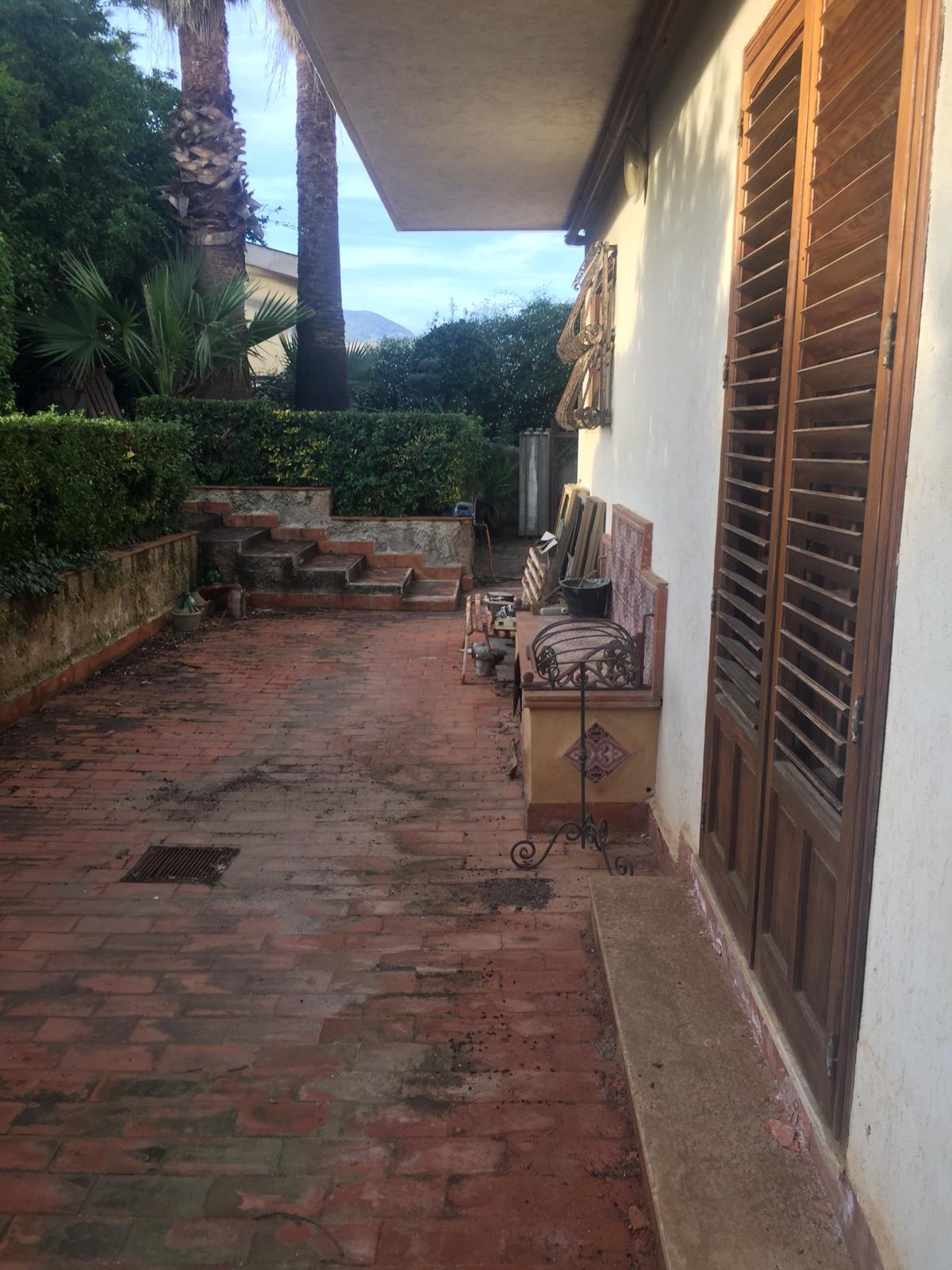 Villa 135 Mq + Terreno Pallavicino/Via V. Epifanio