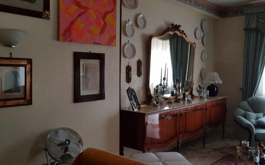 Pentavani V.le Regione Siciliana/Via G. La Loggia