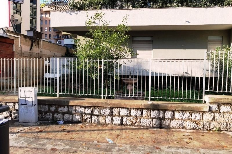 Viale Campania ampio pentavani con giardino