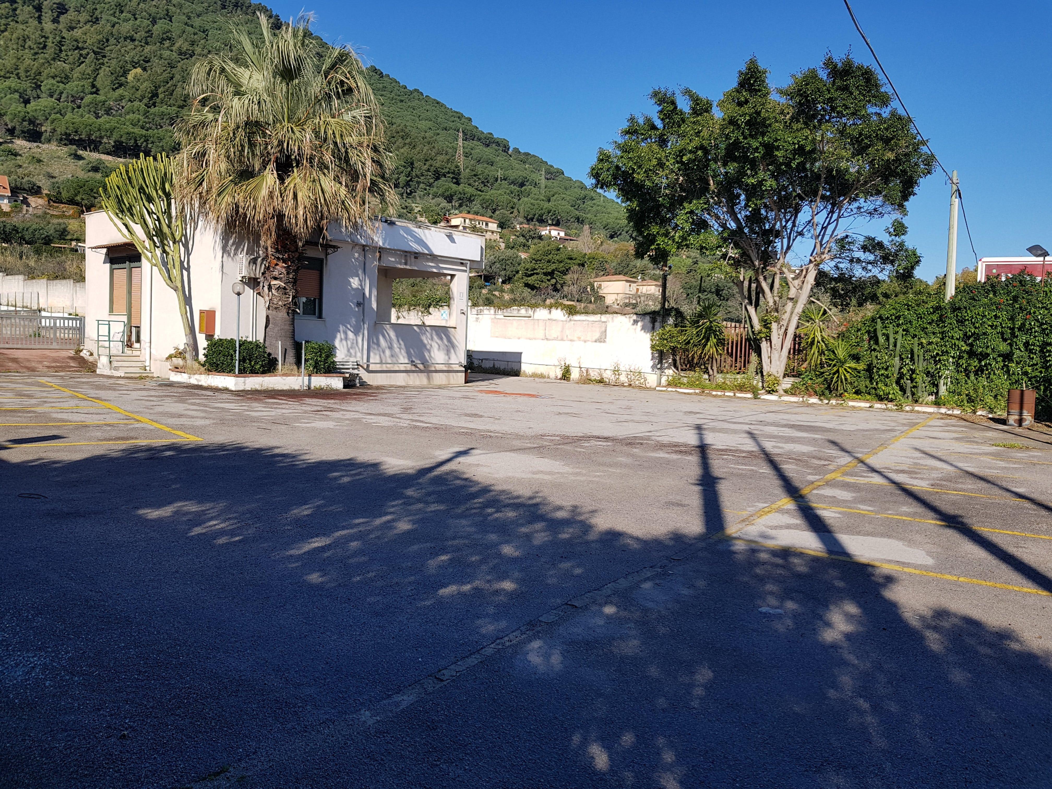 Regione Siciliana/ Leroy Merlin area  scoperta  mq 1500
