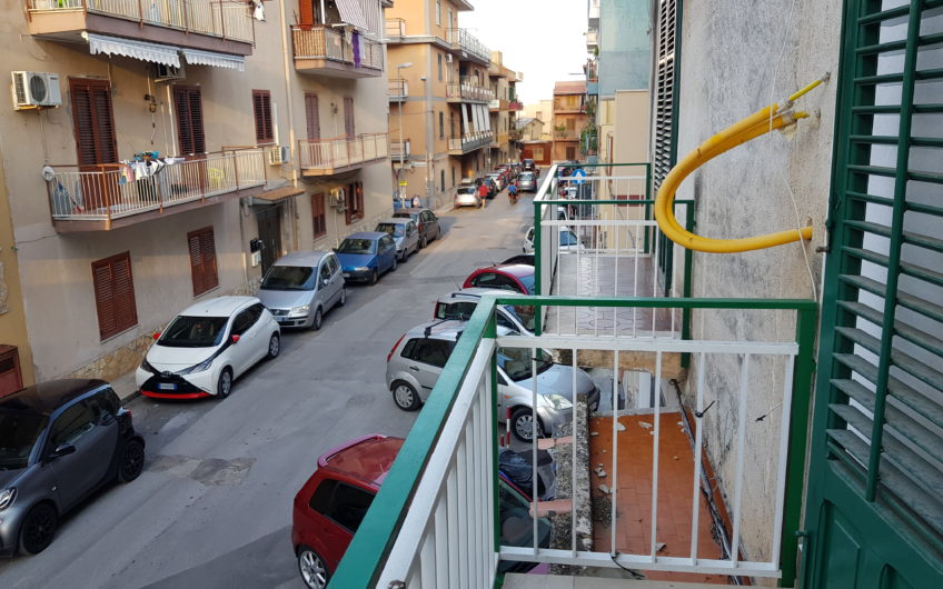 Cruillas (Via Pietro Perricone) quadrilocale ristrutturato